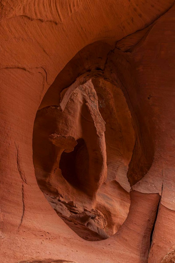 Valley Of Fire Window Thru Window-Steve Bruno