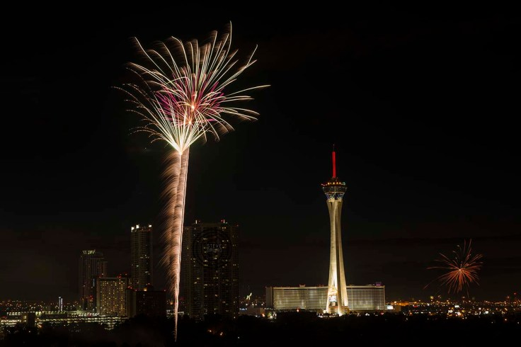 4th of July Fireworks, Las Vegas, Nevada by Steve Bruno
