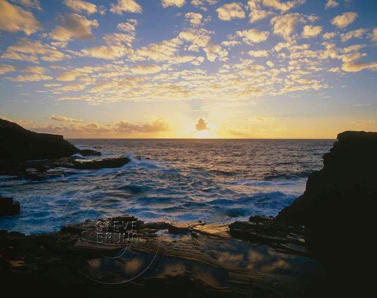 Sunrise from the Hawaiian island of O'ahu by Steve Bruno