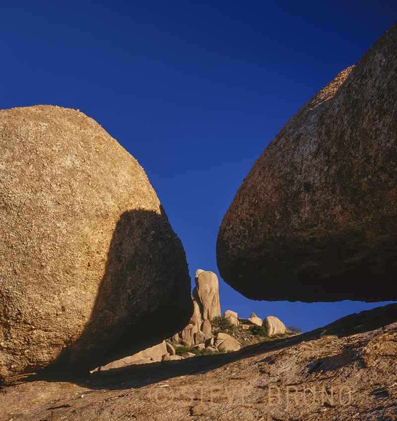 Texas Canyon, boulders, abstract, southern Arizona, gottatakemorepix