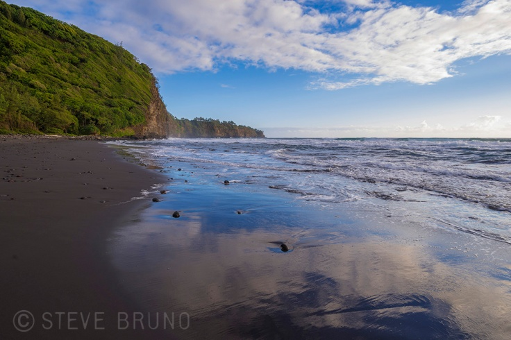 clouds, reflection, black sand beach, Hawaii, solitude