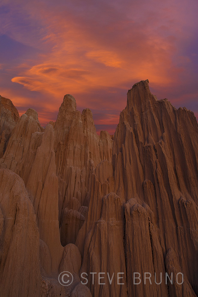 sunset, desert, Cathedral Gorge, Nevada, gottatakemorepix